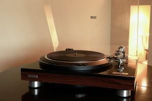 Hitachi produkował także bardzo dobre gramofony  (fot. Nomos)