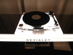 Devialet, mistrz cyfry, wyprodukował gramofon? Nie, to Thorens grający z Devialetami  (fot. wstereo.pl)