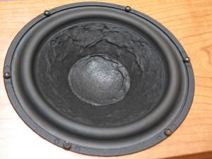 Ten głośnik znamy wszyscy, to słynna osiemnastka Scan Speaka (fot. wstereo.pl)