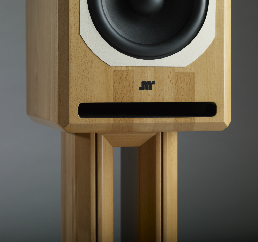 Jean-Marie Reynaud Offrande V2 Supreme sprzedawane są razem z drewnianymi stendami  (fot. Audio-Connect)