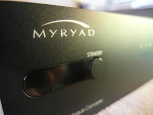 Po 20 minutach od przerwania dopływu sygnały Myryad Z 20 usypia. Trzeba znów przycisnąć włącznik