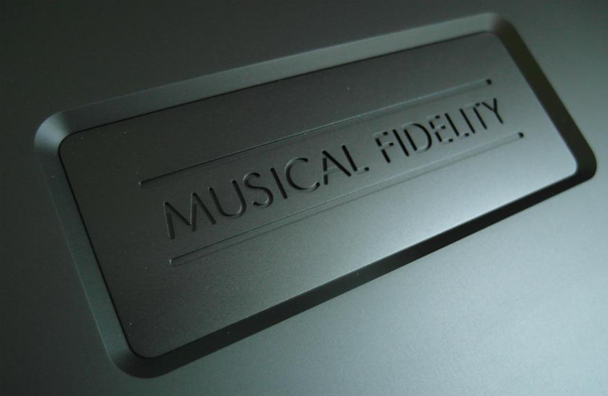 MF Nu Vista CD 8