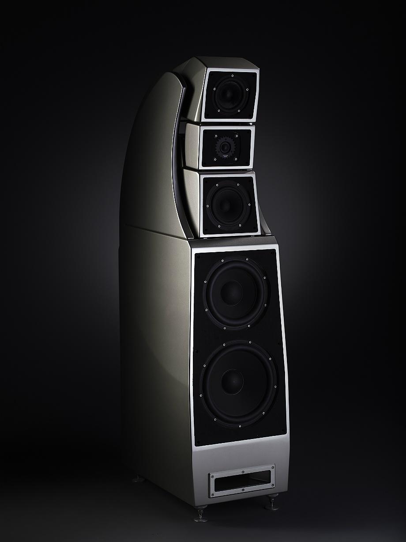 Kolumny Alexx amerykańskiej firmy Wilson Audio będą częścią najdroższego systemu wystawy