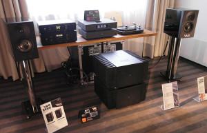 Kruszyny i potwory. Olbrzymie czeskie końcówki mocy BLOCK napędzały niewielkie monitory. I to jak!