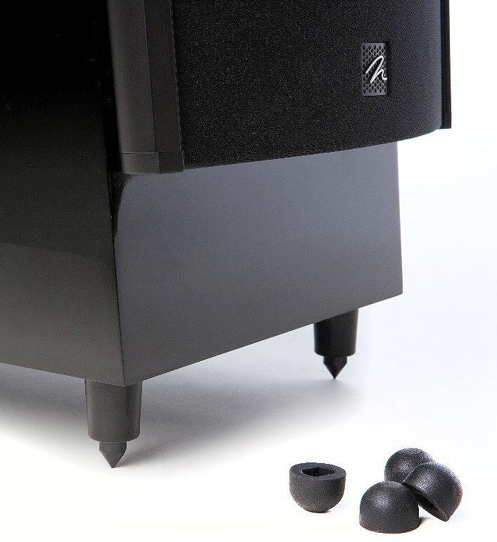 W komplecie regulowane kolce z nakładkami z twardej gumy