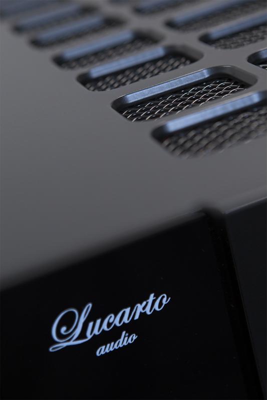 Lucarto Audio Ferro IA40 11
