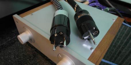 Perfect Connection dwie sieciowki zajawka