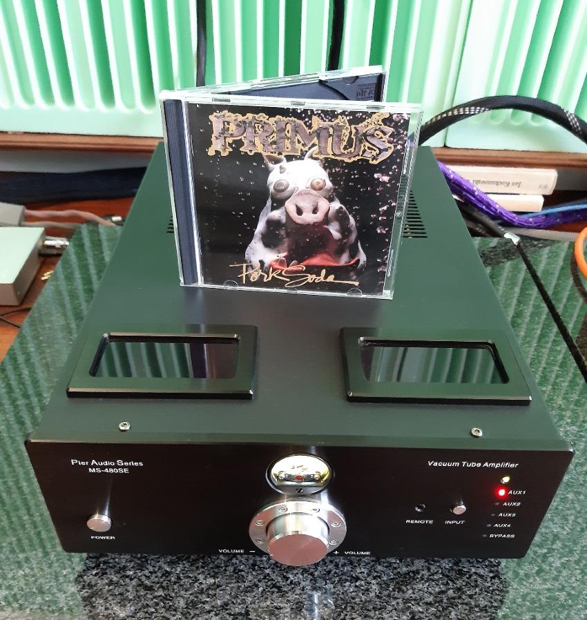 Test Pier Audio MS-480 SE. Obudowa jest wąska i głęboka, to dość rzadkie proporcje (fot. wstereo.pl)