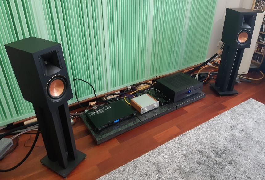 Audiosymptom i6m Copper - test. Monitory naprawdę robią wrażenie przestrzenności grania (fot. wstereo.pl)